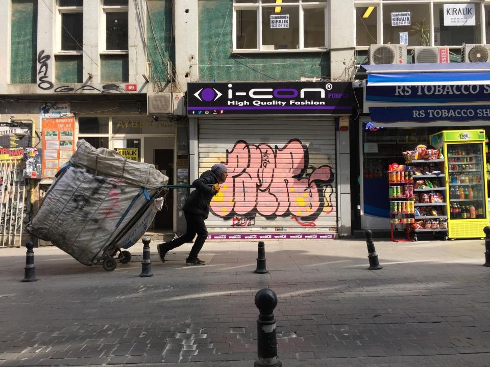 Istanbul Trash Hauler | Josh Smith Digital Design
